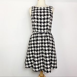 Jessica Simpson houndstooth print dress 8